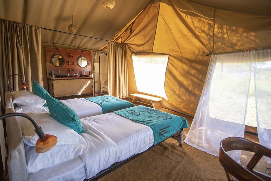 nyikani-banagi-hill-camp-accommodation-twin-room-9